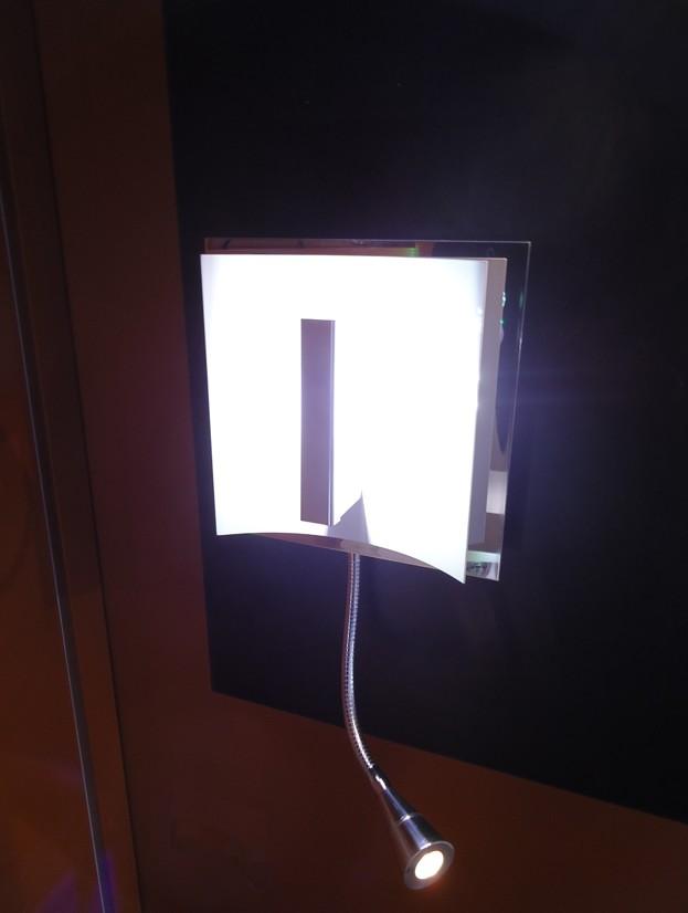 Applique t te de lit avec liseuse pro aluminium chrom for Lampe liseuse tete de lit
